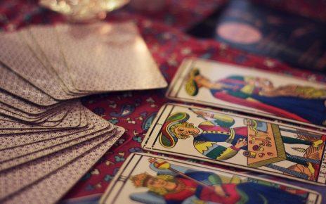 Historia y Origen del Tarot