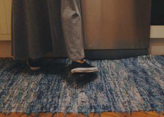 decorar con alfombras los pasillos